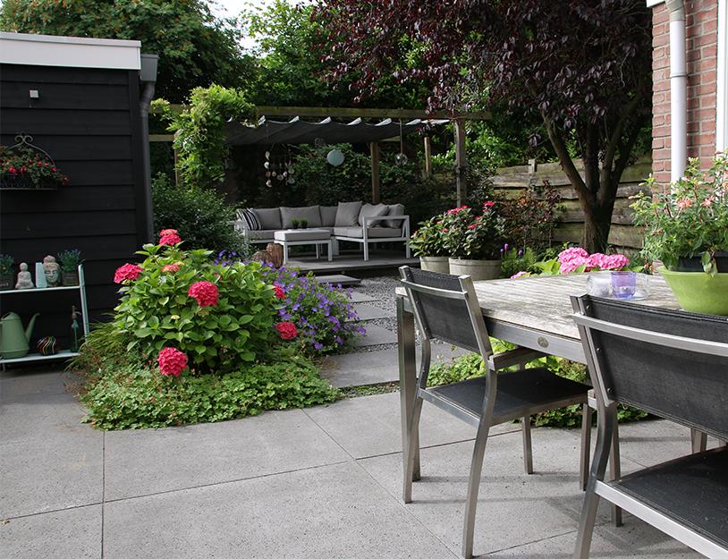 Ontwerp Kleine Tuin : Kleine tuin ontwerp tuinontwerpbureau ineke brunekreeft