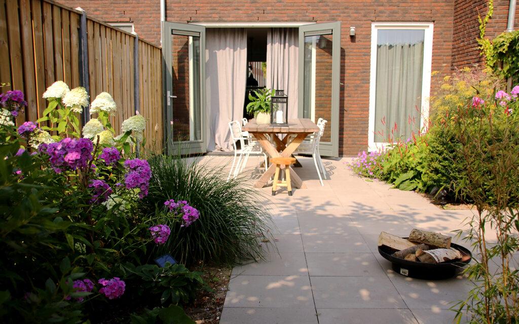 Tuinontwerp voor een kleine tuin tips for Tuinprogramma op tv